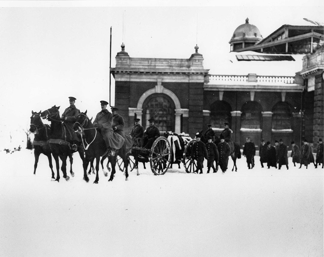 1915 Military Funeral Passing By The Horticultural Building