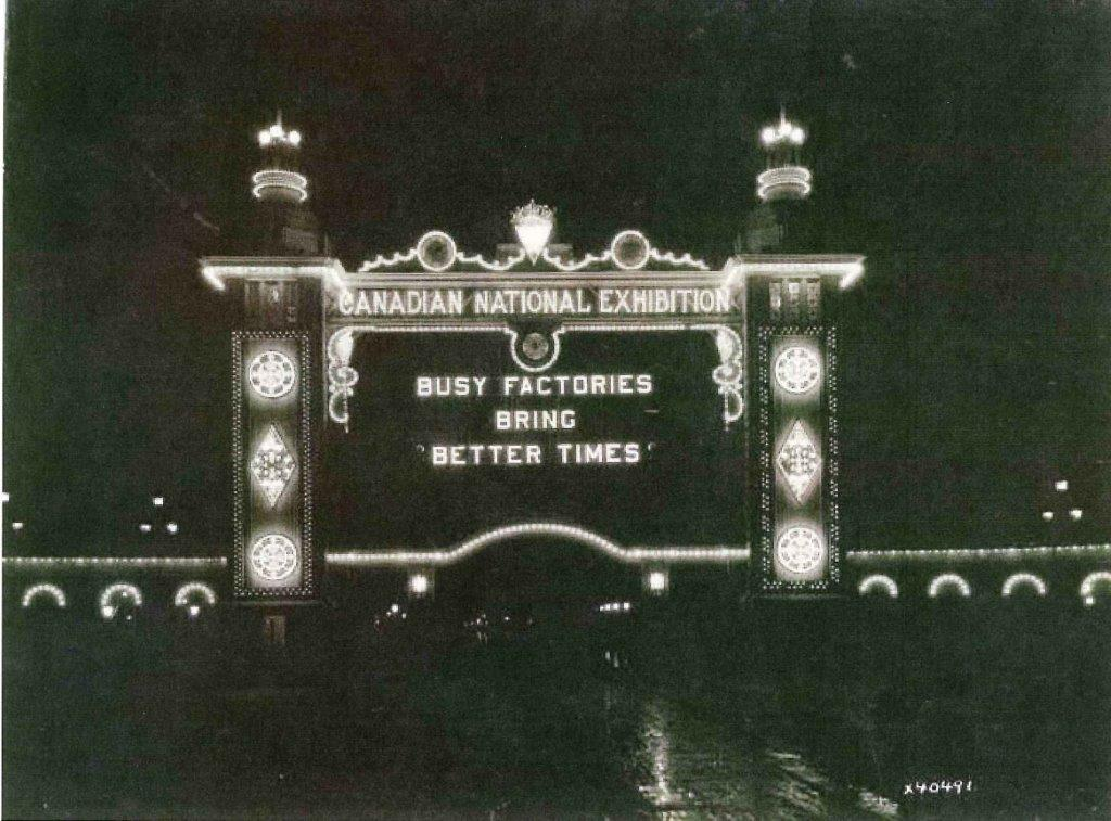 CNE Dufferin Gates, 1932