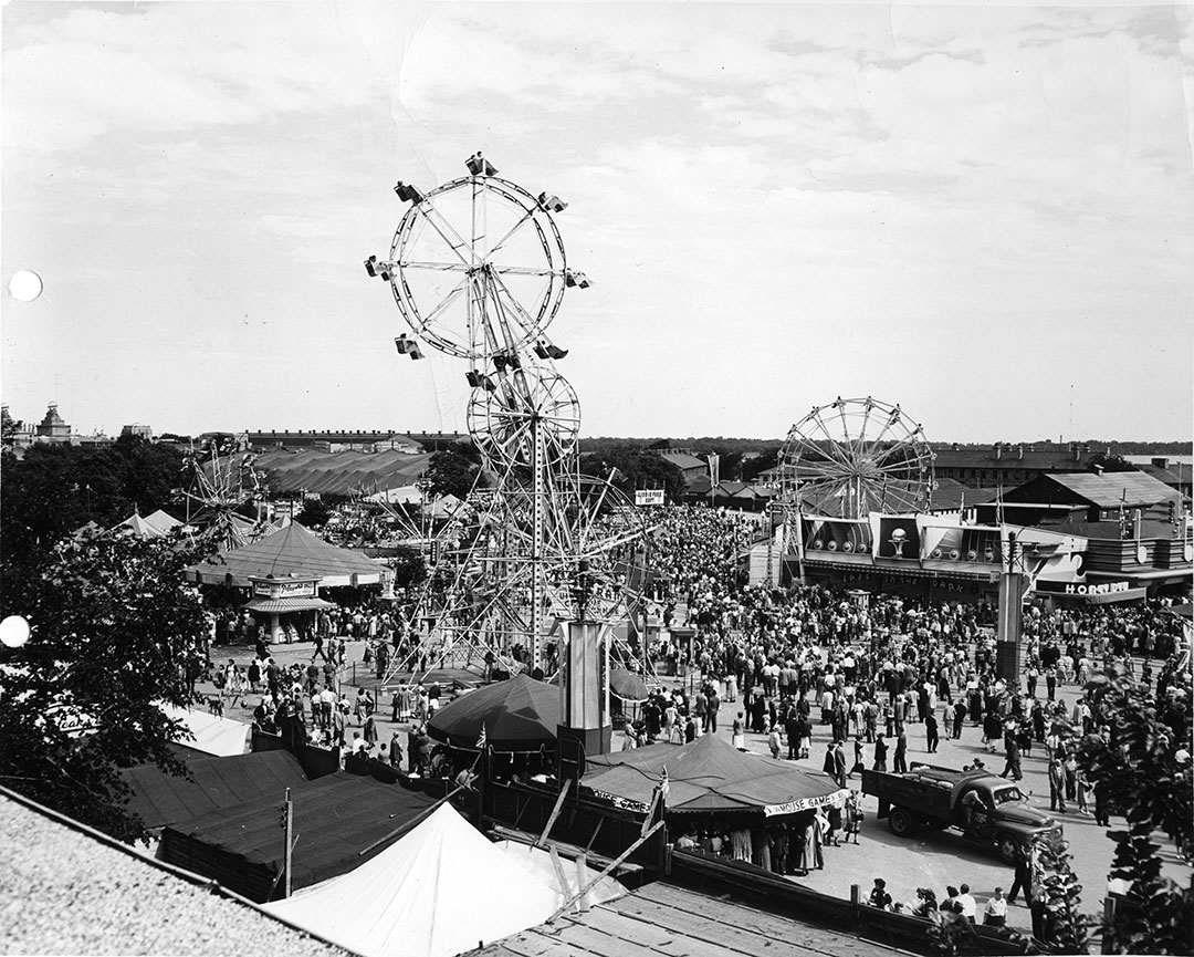 CNE Crowds On The Midway, 1930