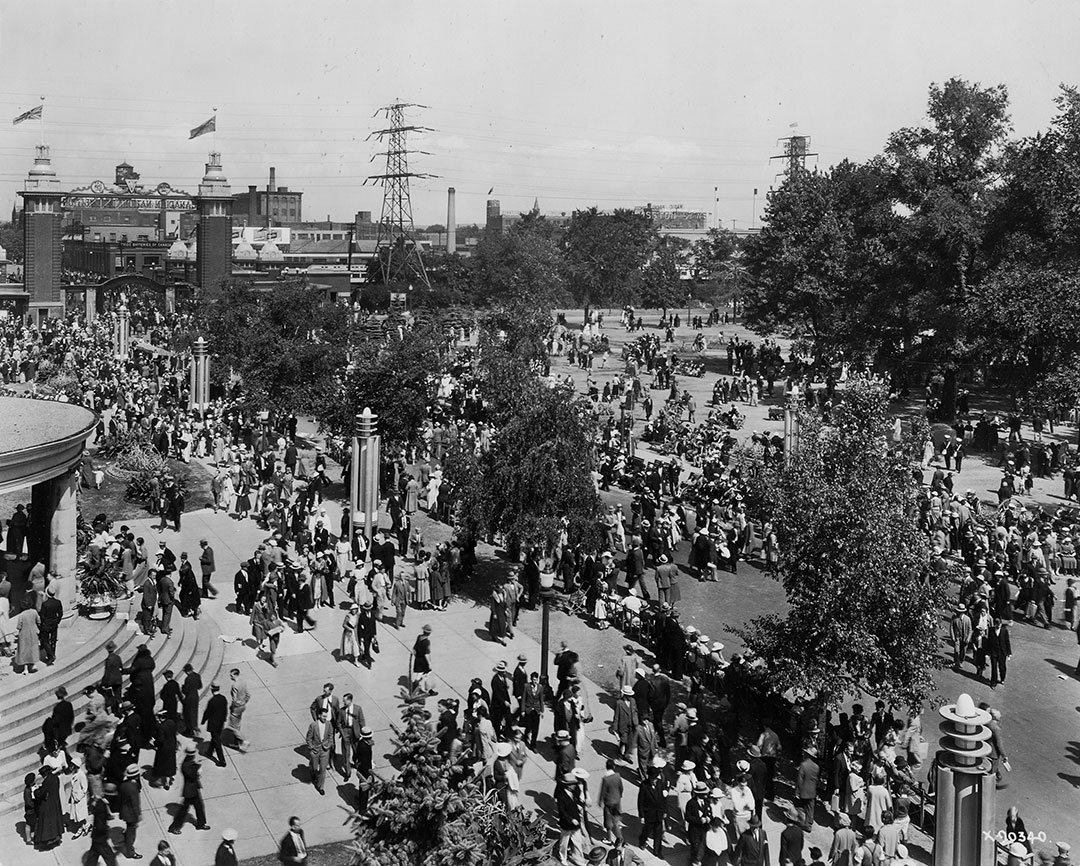 Crowds At The Dufferin Gate, 1935