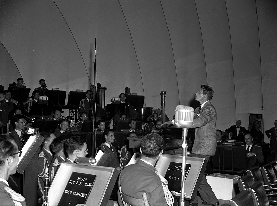Danny Kaye Conducting At The Bandshell, 1950