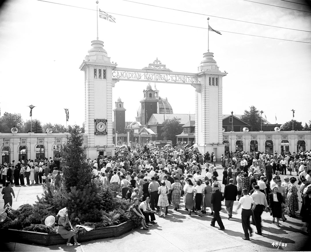 Second Dufferin Gate, 1950