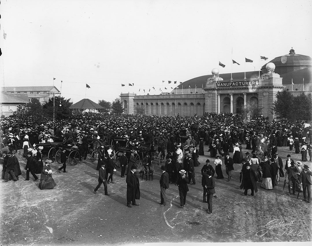 Crowds At The Band Stand  and  Manufacturers Building, 1903
