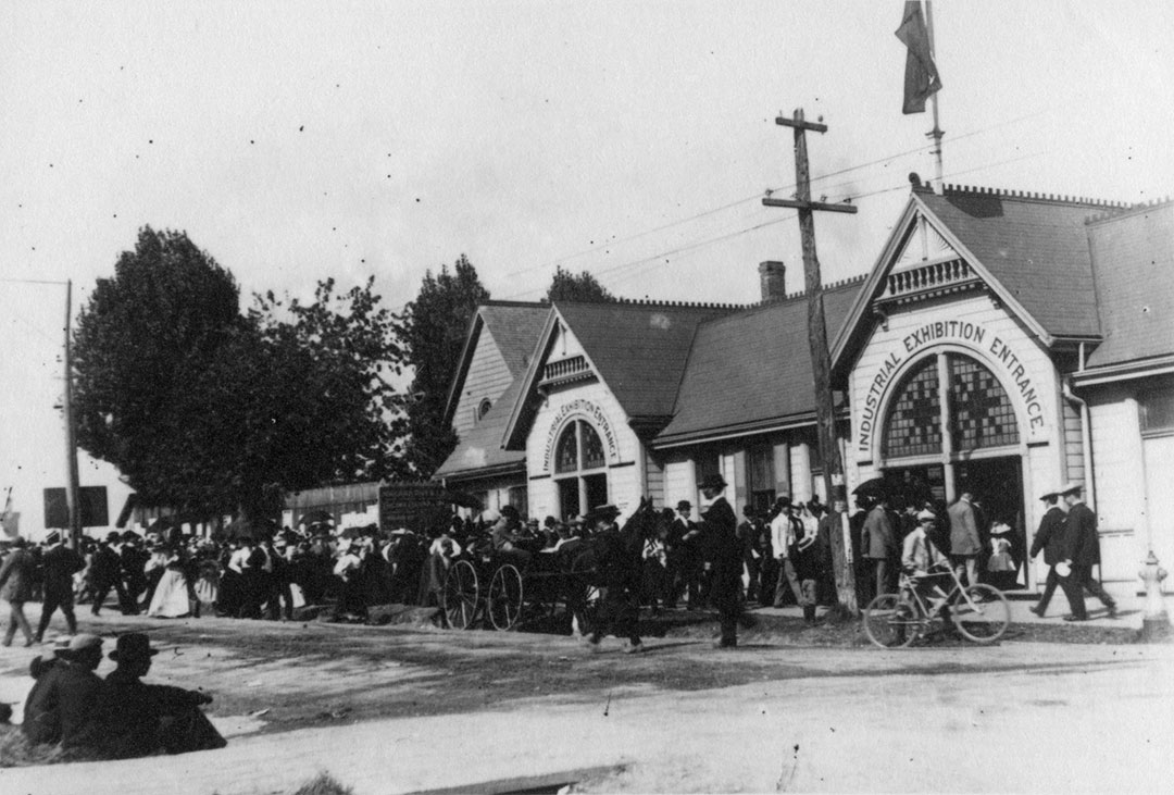 Dufferin Entrance, 1903