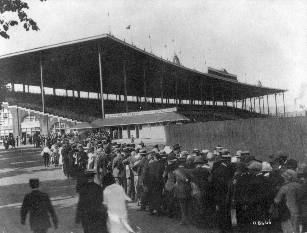Grand Stand, 1910