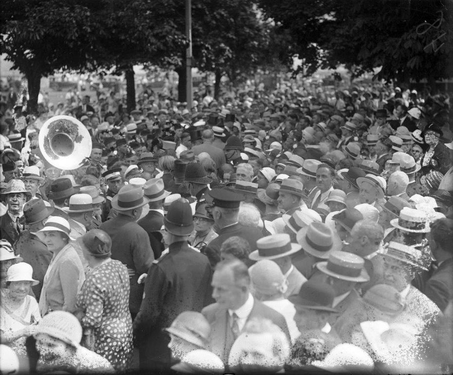 Crowd @ The CNE ca. 1930s