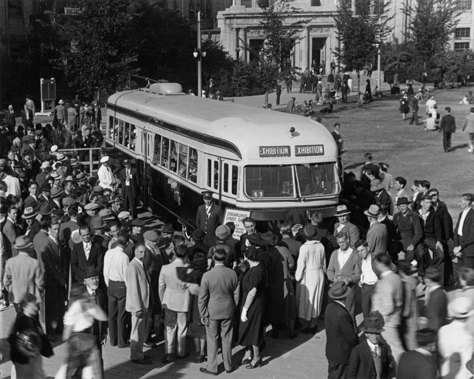The TTC's New Streamliner Car @ The CNE, 1938