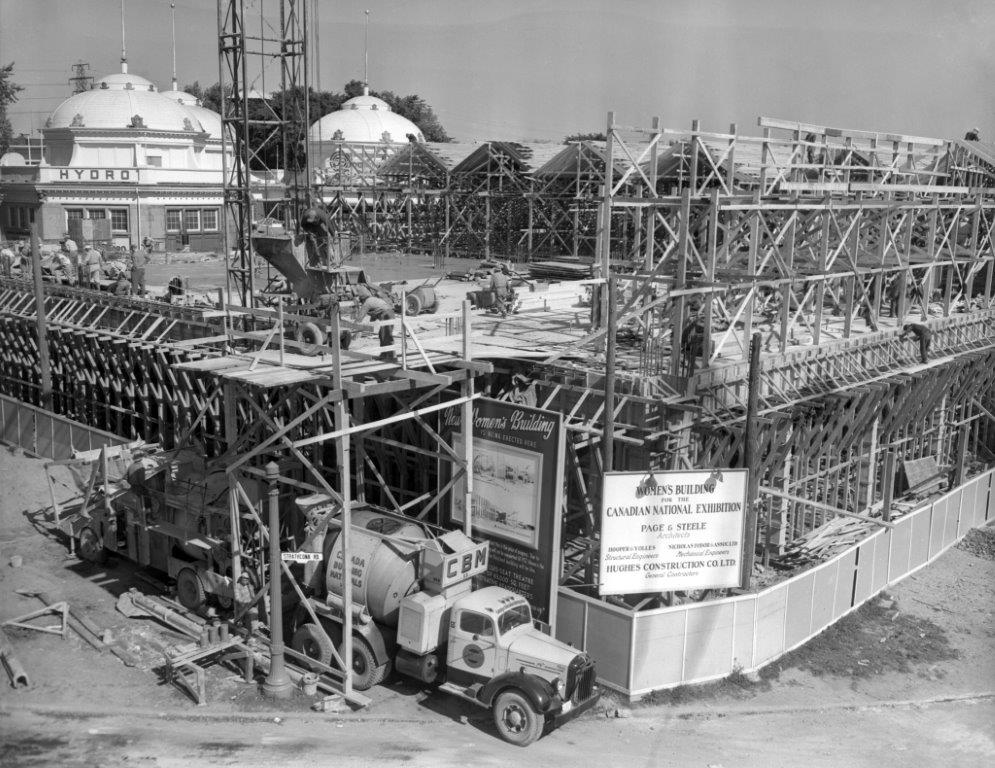 The Construction Of The Queen Elizabeth Building