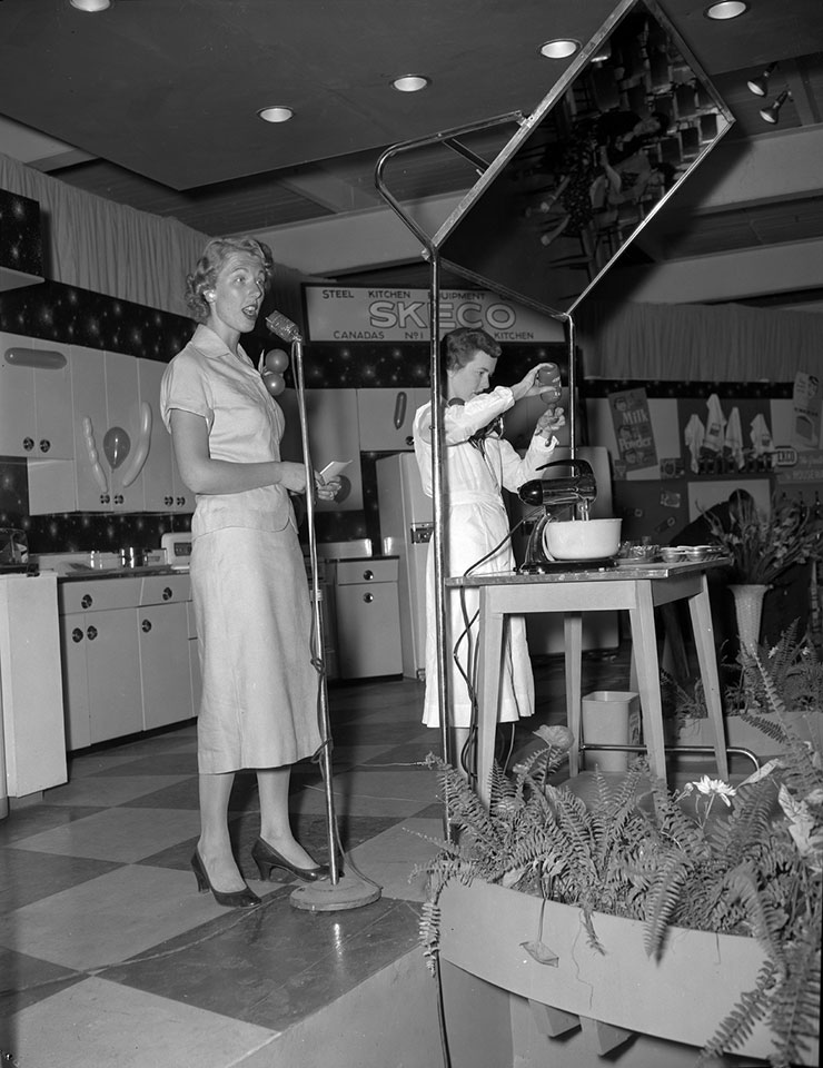 Kitchen World With Marie Fraser, 1955