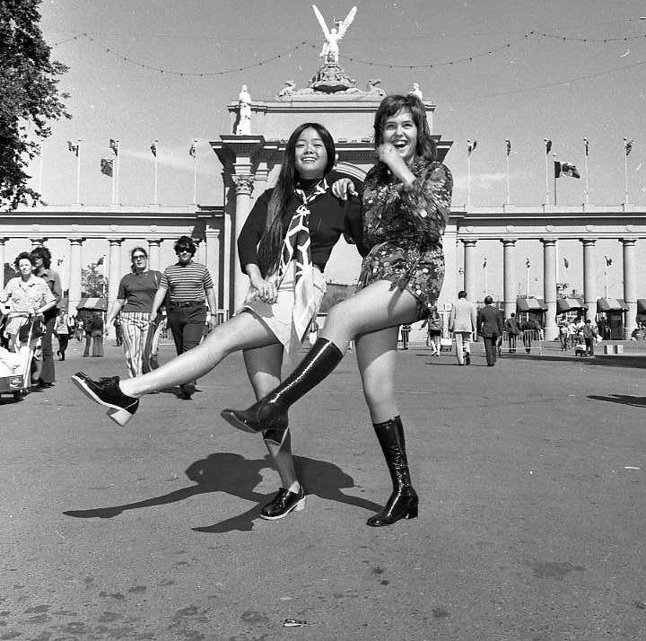Girls Inside Princes' Gates, 1971